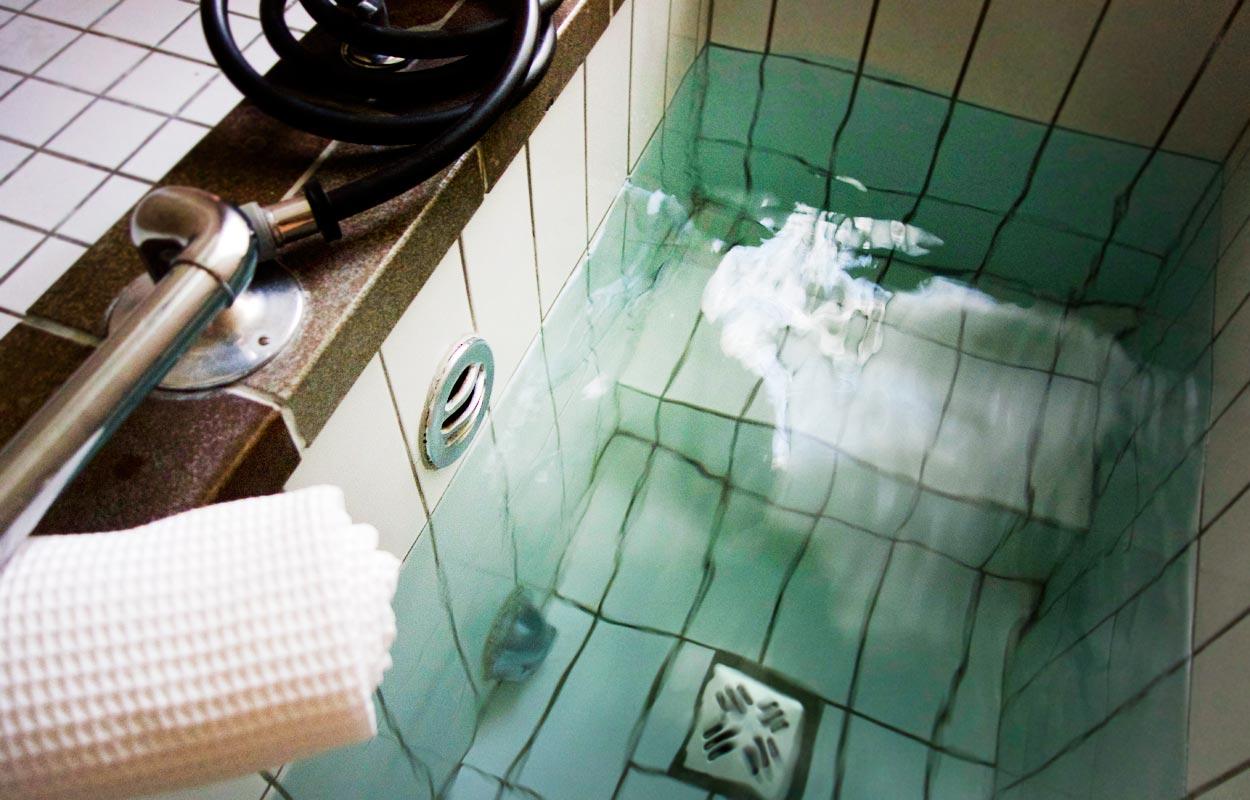 Wasserbecken Thermalbad Hotel Miramonte