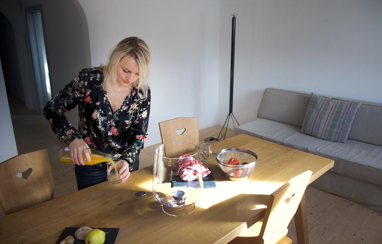 Charis Küche Gius la Difusa